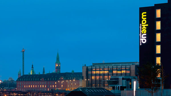 Wake-up Copenhagen, Carsten Niebuhrs Gade